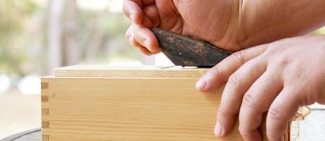 2.鉋の刃の確認と調整